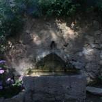 Fuente de camino a las ermitas de Ulldemolins en la comarca del Priorat